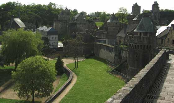 Remparts de Fougères.